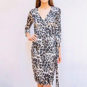 Diane von Furstenberg wrap dress, sz 8